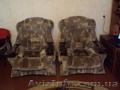Диван и 2 кресла.